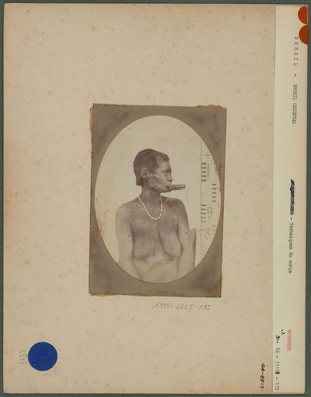 Femme Botocudo