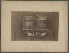 Cuirasse et modèle de bateau Koloche