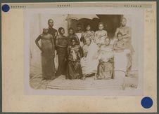 Béhanzin et ses femmes