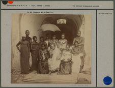 Le Roi Béhanzin et sa famille au début de son exil en 1894