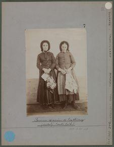 Femmes mariées de Csathoszeg