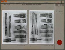 Peignes et battoirs à linge