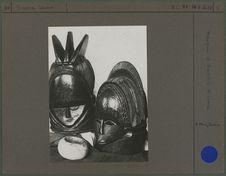 Masques et bracelet d'ivoire