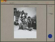 Femme et enfants laotiens