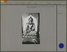 Temple d' Ananda. Statue