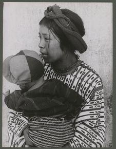 Indienne avec enfant