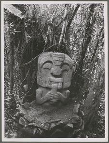 San Agustin. Statue anthropomorphe