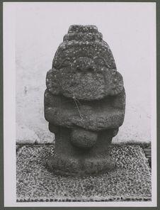 Popayan. Statue anthropomorphe