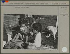 Enfants en train de manger