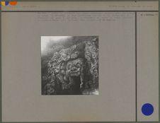 """""""Goa Gadja"""" grotte de l'éléphant aux parois extérieures sculptées"""