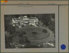 Vue aérienne du palais du Gouverneur Général [Saïgon]