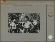 """Ceintures """"toai köteh' portées par Nye et Man"""
