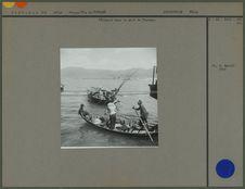 Pêcheurs dans le port de Tourane