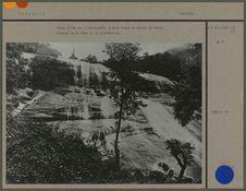 Chute d'eau sur l'Irraouddy, à deux jours de marche de Bamho