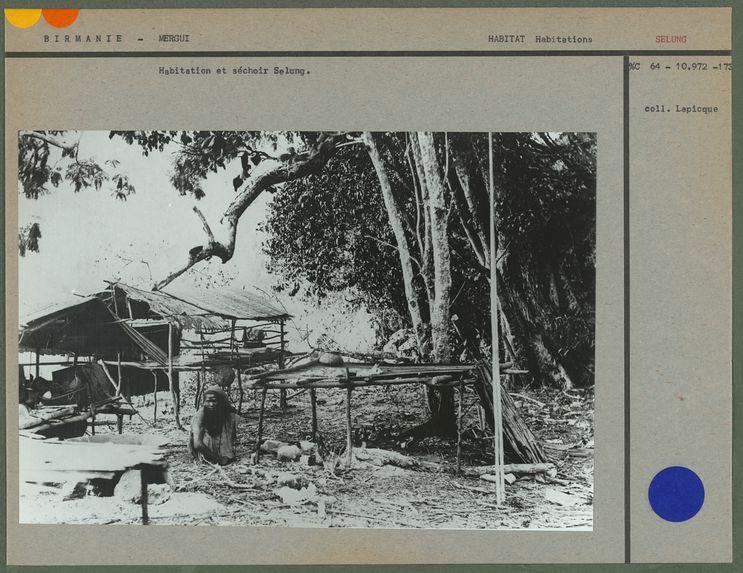 Habitation et séchoir selung