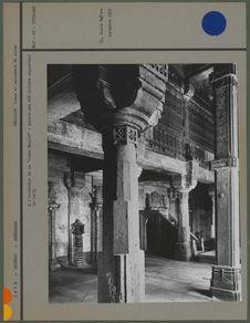 """A l'intérieur de la """"Jumma Masjid&quot"""