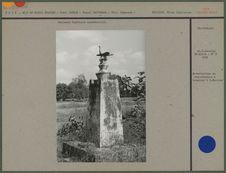 Monument funéraire commémoratif