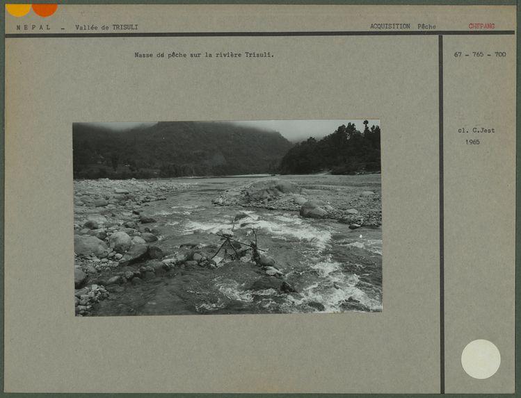 Nasse de pêche sur la rivière Trisuli
