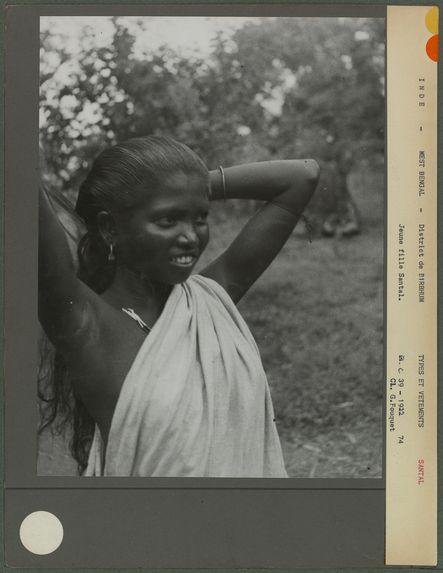Jeune fille Santal