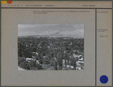Vue de la vallée du Zeravshan et de la ville de Pendjikenk en contre-bas du site...