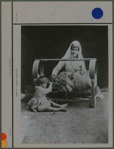 Femme et enfants arméniens