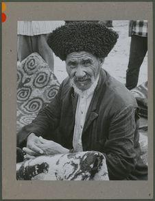 Vieillard turkmène au marché de Pahlavi Dej