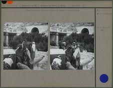 Femmes bédouines à la fontaine