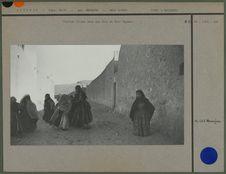Petites filles dans les rues de Beni Isguen