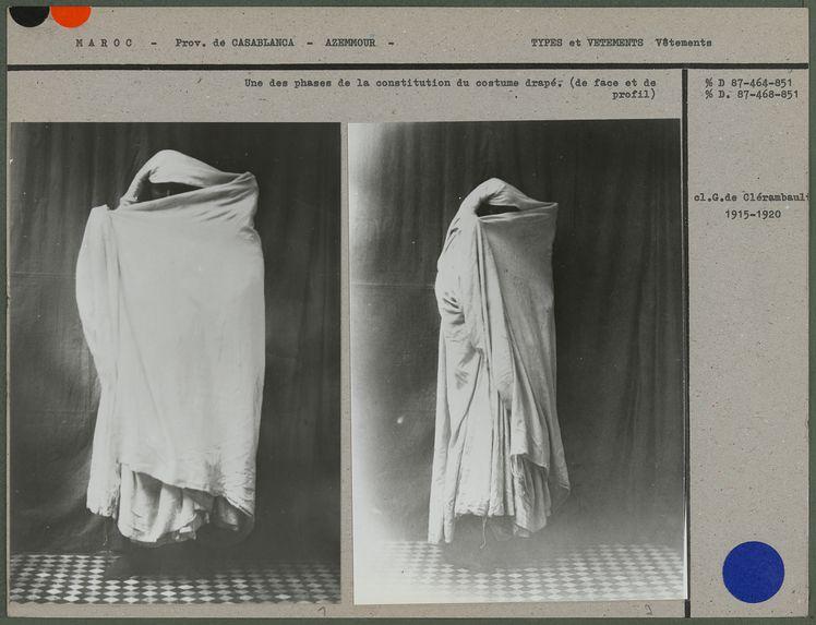 Une des phases de la constitution du costume drapé