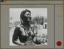 Jeune femme hartania
