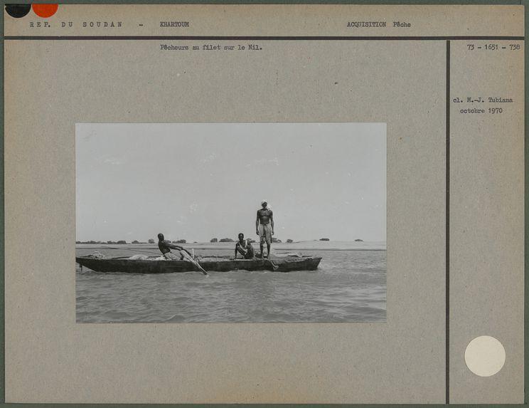 Pêcheurs au filet sur le Nil