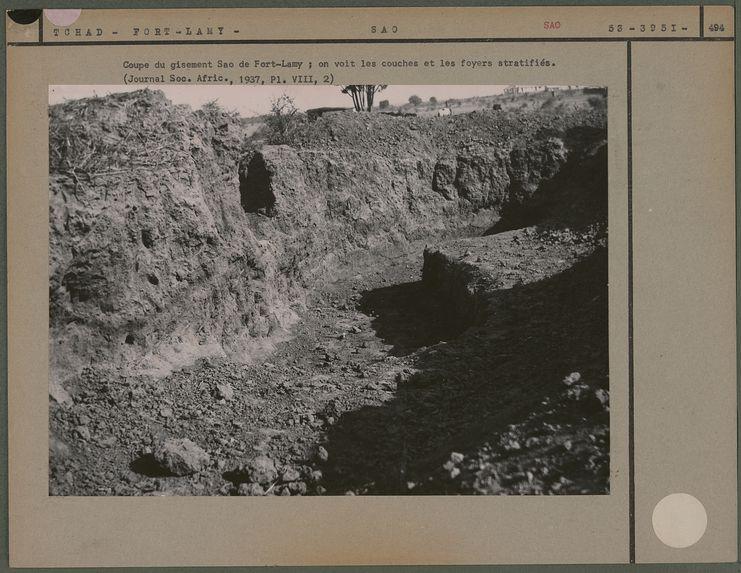 Coupe du gisement Sao de Fort-Lamy