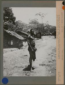 Un habitant du village d'Am'Bamba
