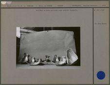 Cuillères en nacre utilisées comme mobilier funéraire