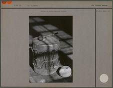 Tambour et pierre perforée araucan
