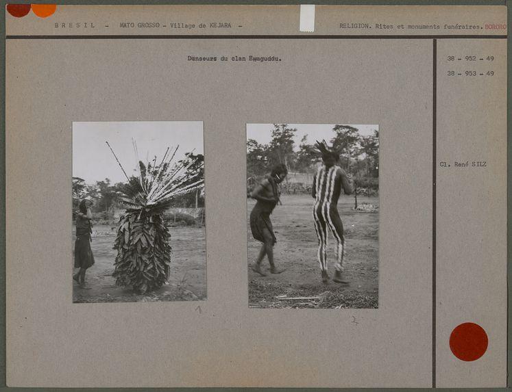 Danseurs du clan Ewaguddu