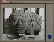Tête humaine en pierre appartenant à la collection Borde