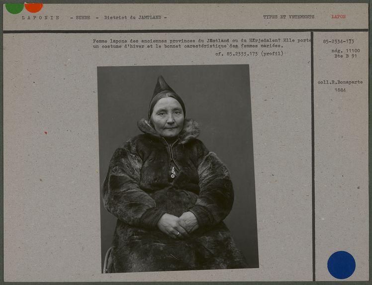 Femme lapone des anciennes provinces du Jämtland