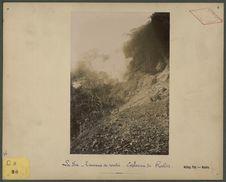 La Foa, travaux des routes : explosion de roches