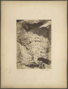 Rocher sculpté, environs de Tula