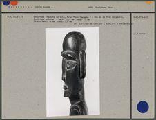 """Sculpture féminine en bois """"Moi Tangata&quot"""