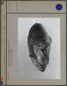 Masque bois sculpté