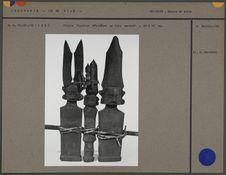 Triple figurine d'ancêtre en bois sculpté