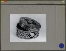 Boîte à bétel cylindrique