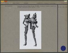"""Coupe-noix en bronze de type """"Mithuna&quot"""