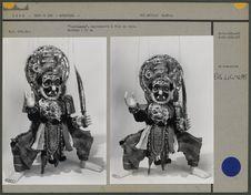 """Yakshagana"", marionnette à fils en bois"