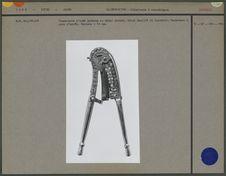 Coupe-noix moderne en métal chromé
