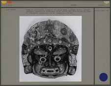 Masque de carton bouilli
