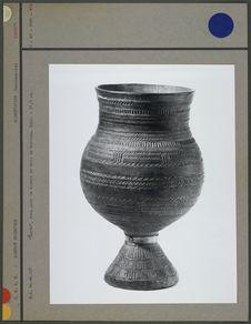 """""""Coron"""", vase pour le koumys en bois"""