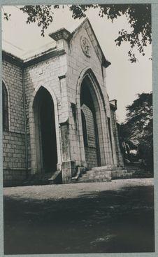 Le porche du temple
